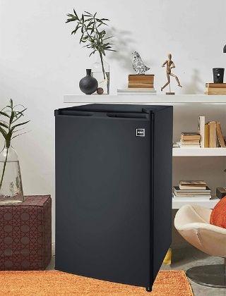 RCA RFR320-B-Black-COM RFR321 Mini Refrigerator